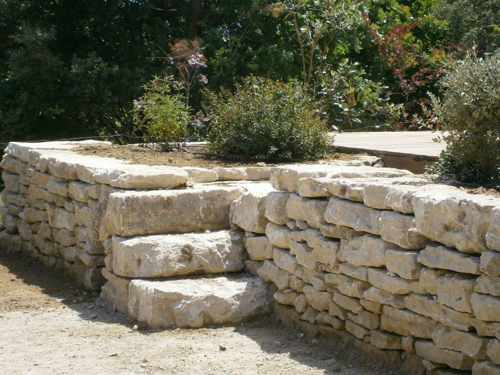 escalier-pierre-seche-maubec