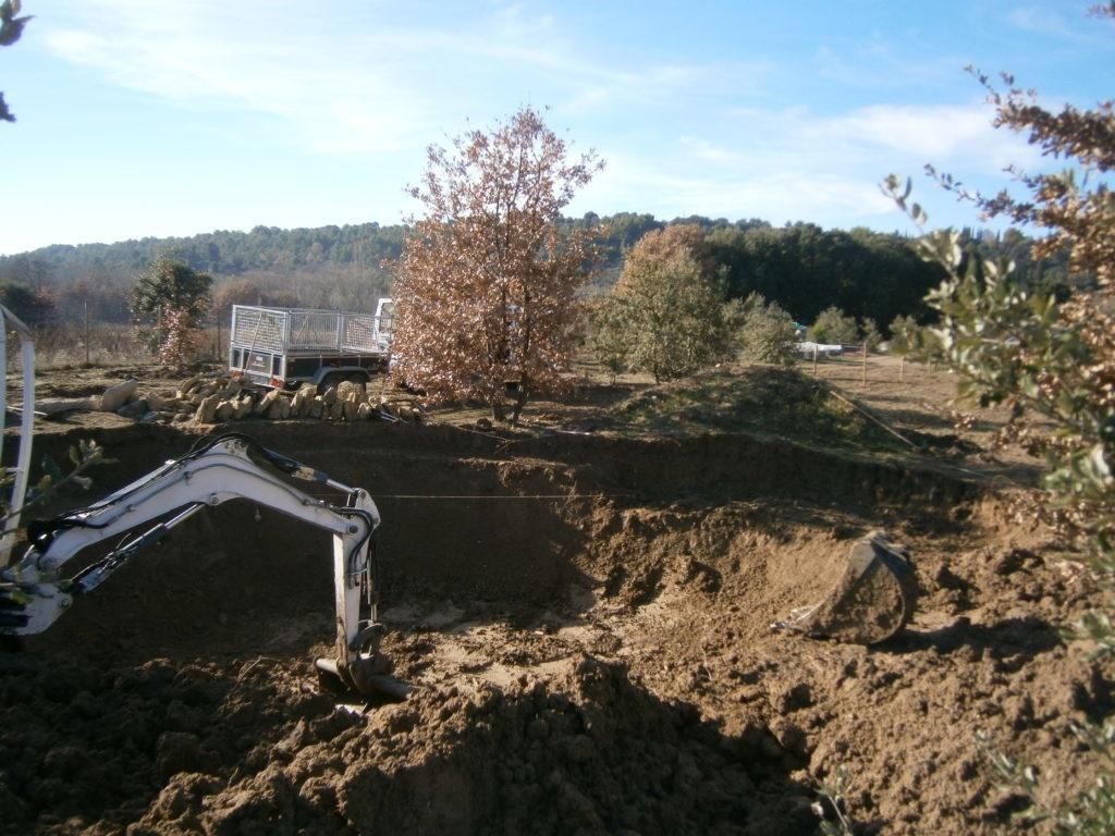 terrassement-creation-dun-bassin-dagrement-baignade-a-crillon-brave-pied-ventoux-9