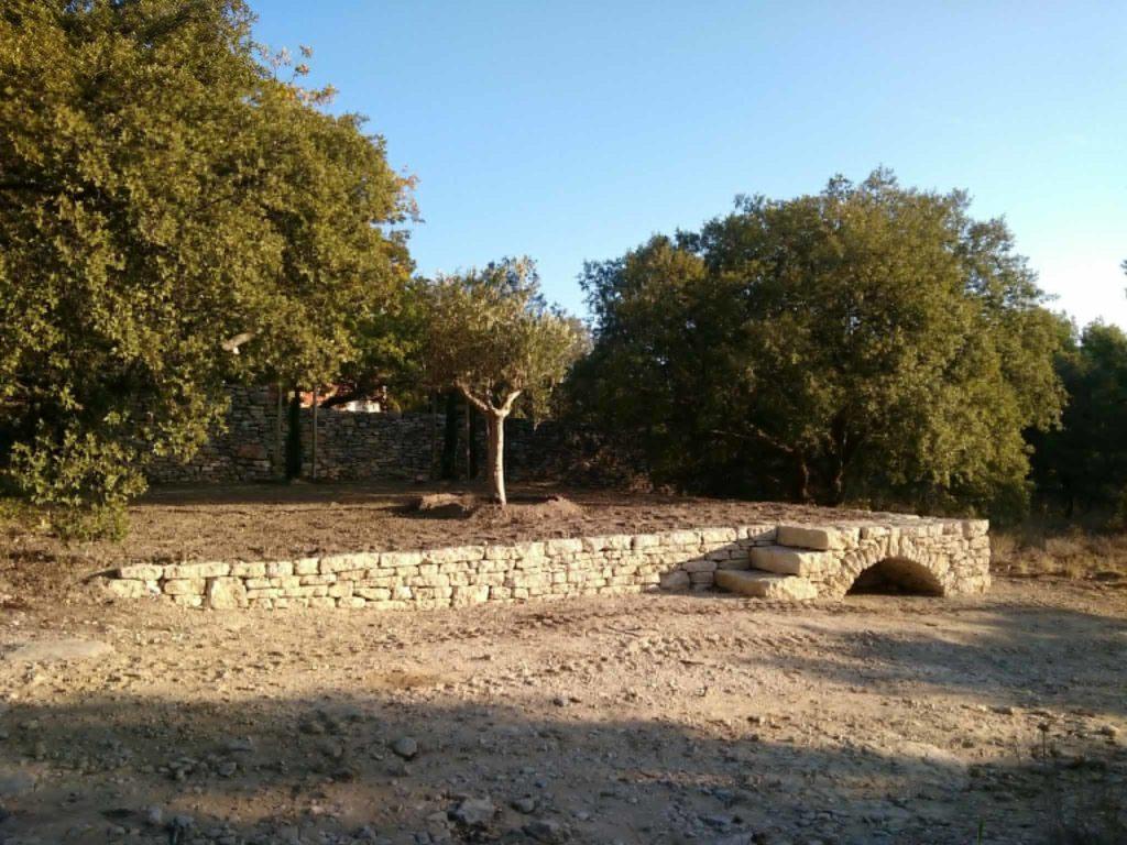 pierre seche jardin muret